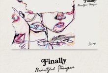 تصویر متن و ترجمه آهنگ Halsey – Finally beautiful stranger